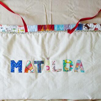 cutie-de-jucarii-Matilda-2