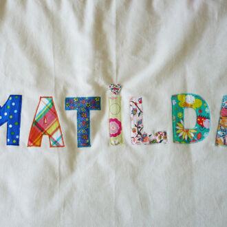 cutie-de-jucarii-Matilda-3